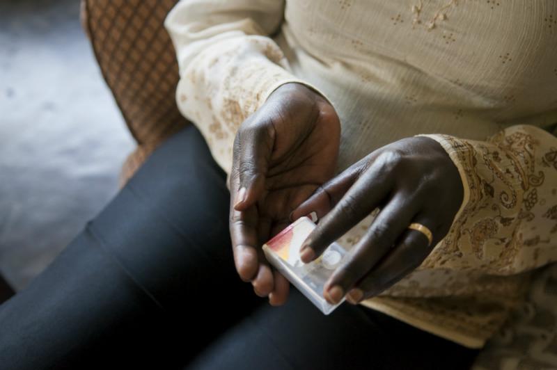 Medicamento 3 em 1 passa a ser ofertado em todo o Brasil. Foto: UNAIDS/T.Znidarcic