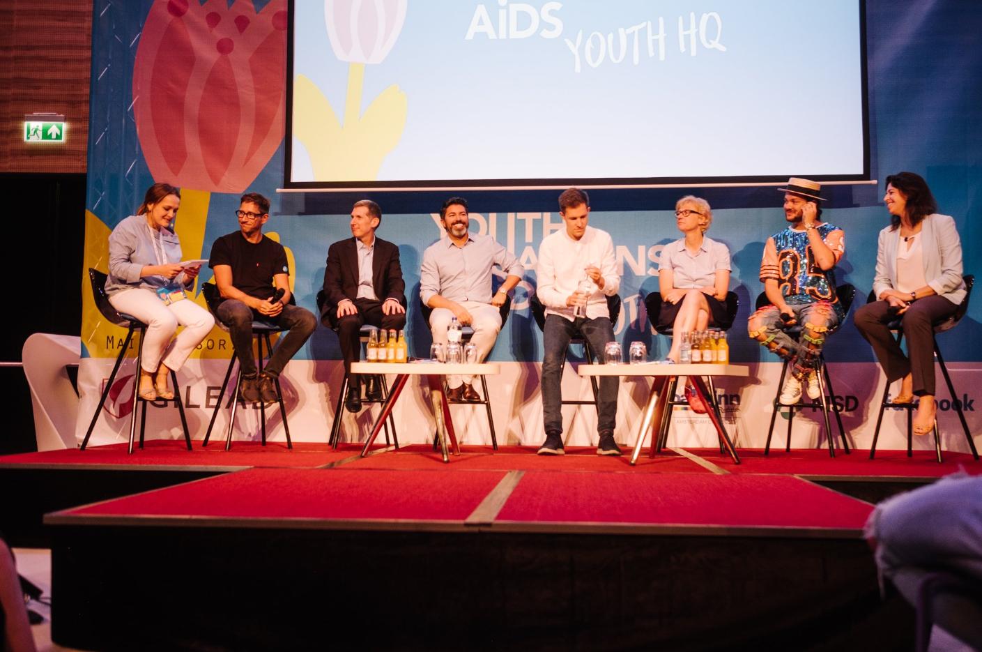 A Diretora do UNAIDS no Brasil, Georgiana Braga-Orillard, participou do painel 'Uma nova geração de líderes na resposta global ao HIV', no Youth Headquarters