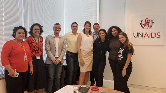 Embaixadora de Boa Vontade do UNAIDS, Wanessa Camargo, com representantes do Joint Team (Equipe Conjunta) do UNAIDS no Brasil